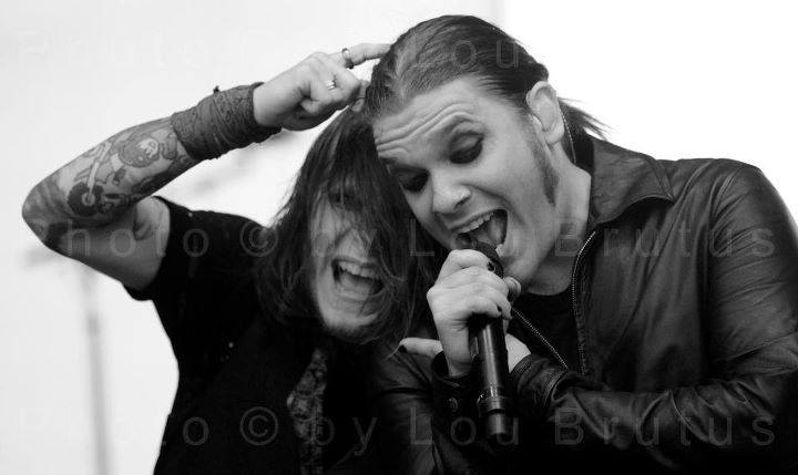 Brent Smith Tattoos Zach Myers And Brent Smith